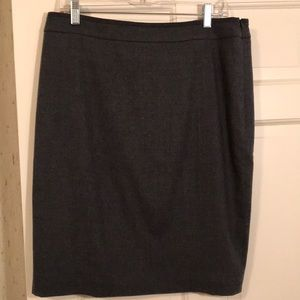 NWT Ted Baker pencil skirt with back ruffle